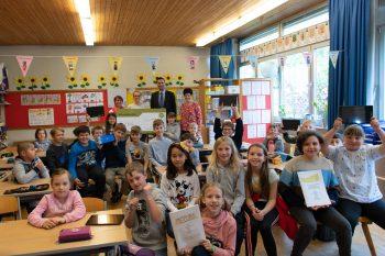 (K)ein Leben ohne Buchstaben: Tablets für die Volksschule Kirchdorf